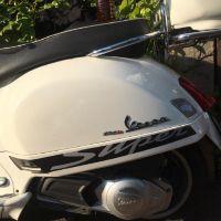 Lucky 比亞喬 維斯帕 VESPA GTS300 運動貼紙 拉花 貼標 車貼 貼花 黑底灰字