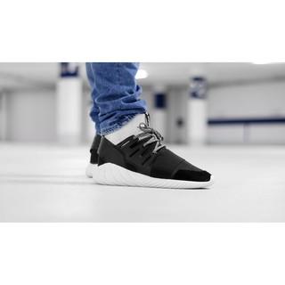 hot sale online 6a46c 2d3bb adidas originals tubular doom BA7555 黑白 陰陽 編織 襪套 運動鞋