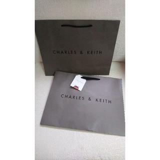 CHARLES & KEITH 紙袋 小CK紙袋 40.5*30.5*14cm 桃園市