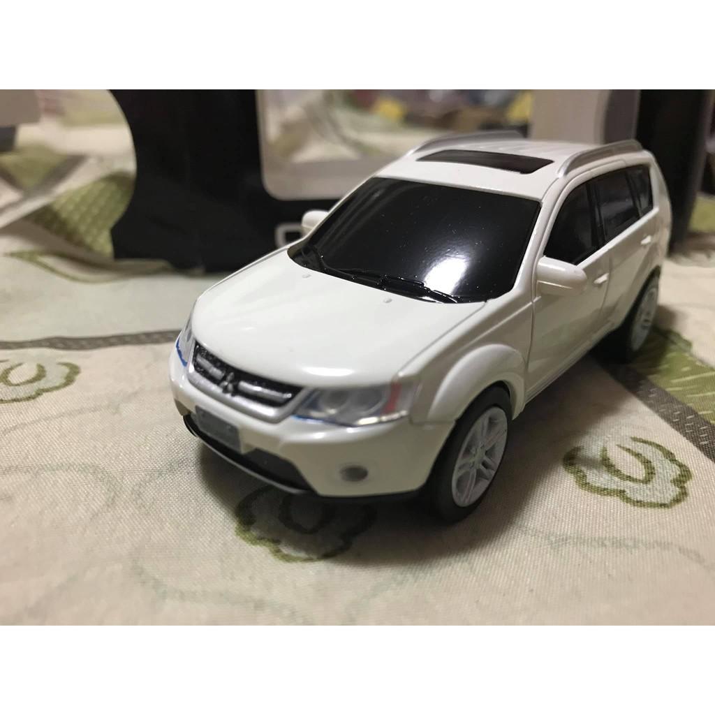 三菱國產原廠回力車 outlander 1/43 白色模型 模型車
