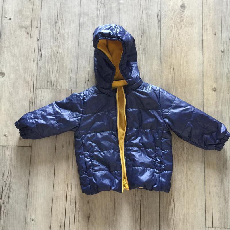 Uniqlo baby NAME 90 男童冬天外套 羽絨衣 羽絨外套 兒童外套 連帽外套 幼童男童裝小孩衣服 (藍黃)