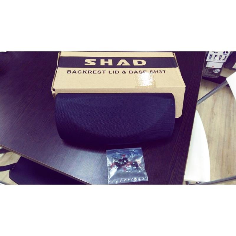 SHAD40後靠+SHAD40行李箱底座螺絲