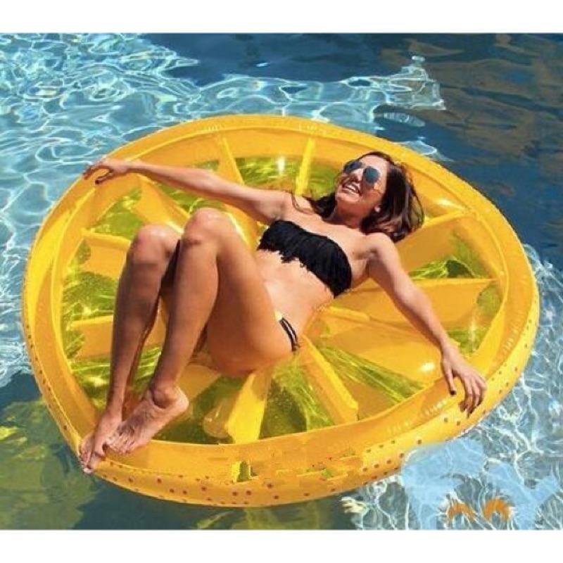 歐美暢銷.160cm超大水果檸檬浮圈浮床游泳圈救生圈~送電動充氣機~