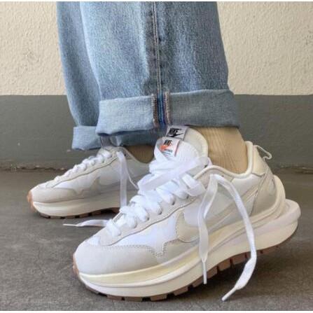 路飛正品潮鞋 Sacai x Nike Vaporwaffle聯名 奶油白 解構 白 米白 雙勾 DD1875-100