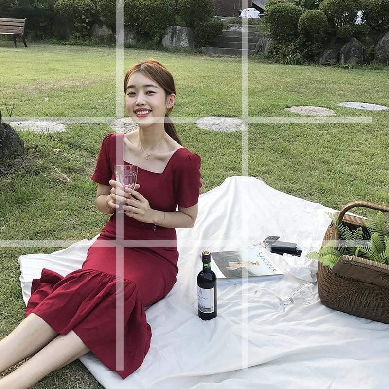 韓國 酒紅色後開叉方領法式泡泡袖魚尾裙包臀連衣裙 長裙 連身裙 閨蜜裝 連身洋裝 顯瘦