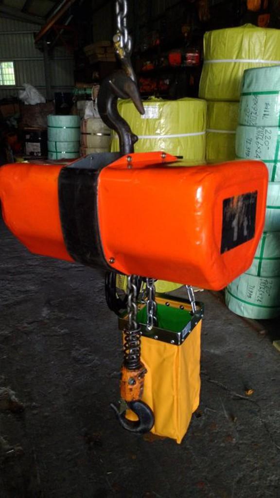 1噸中古日立吊車 中古天車 電動吊車 鍊條吊車 天車