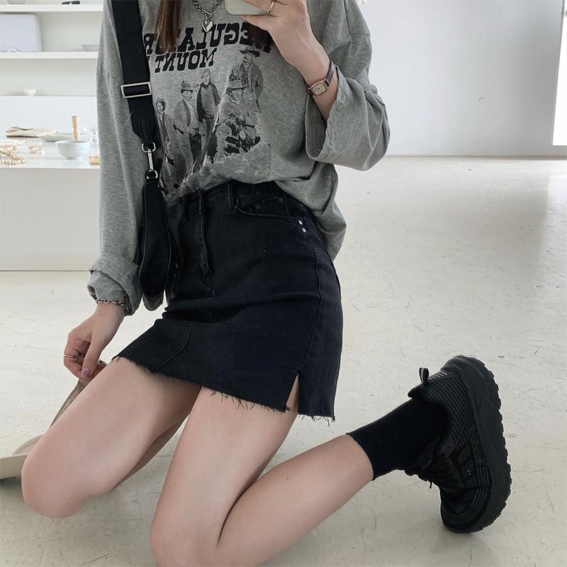 夏日酷感小短裙~韓系慵懶黑灰色側開叉防走光牛仔短裙女