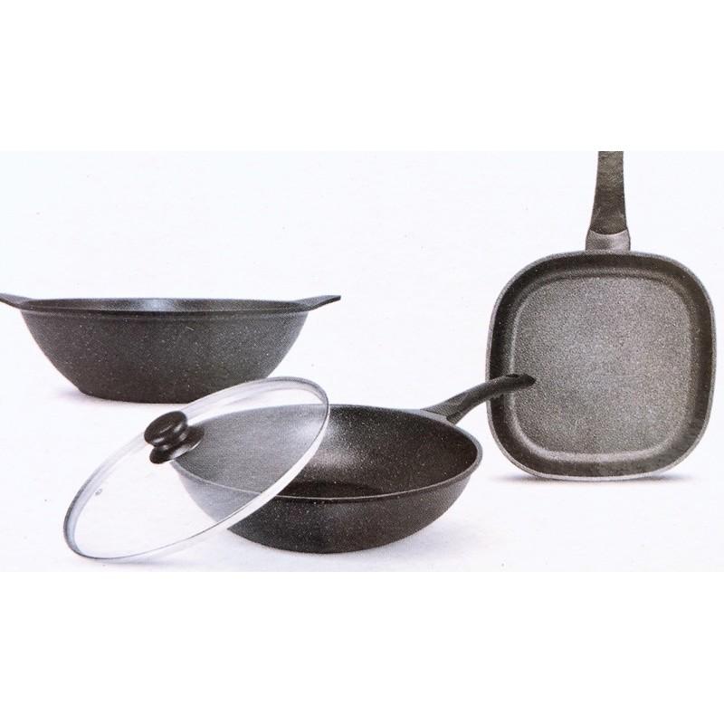 現貨,全新瑞士MONCROSS皇家黑鑽鈦石不沾鍋具組-四件組