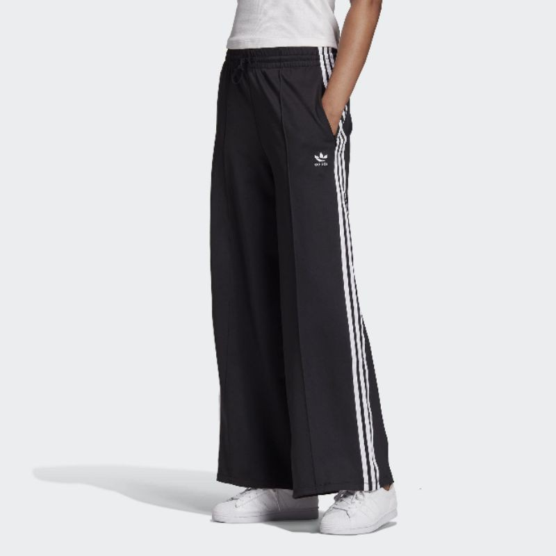 KK♦️愛迪達 adidas 寬褲 女生 三線褲  GD2273
