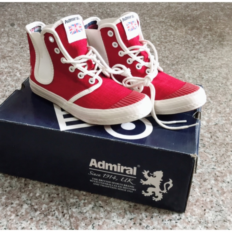 Admiral帆布鞋