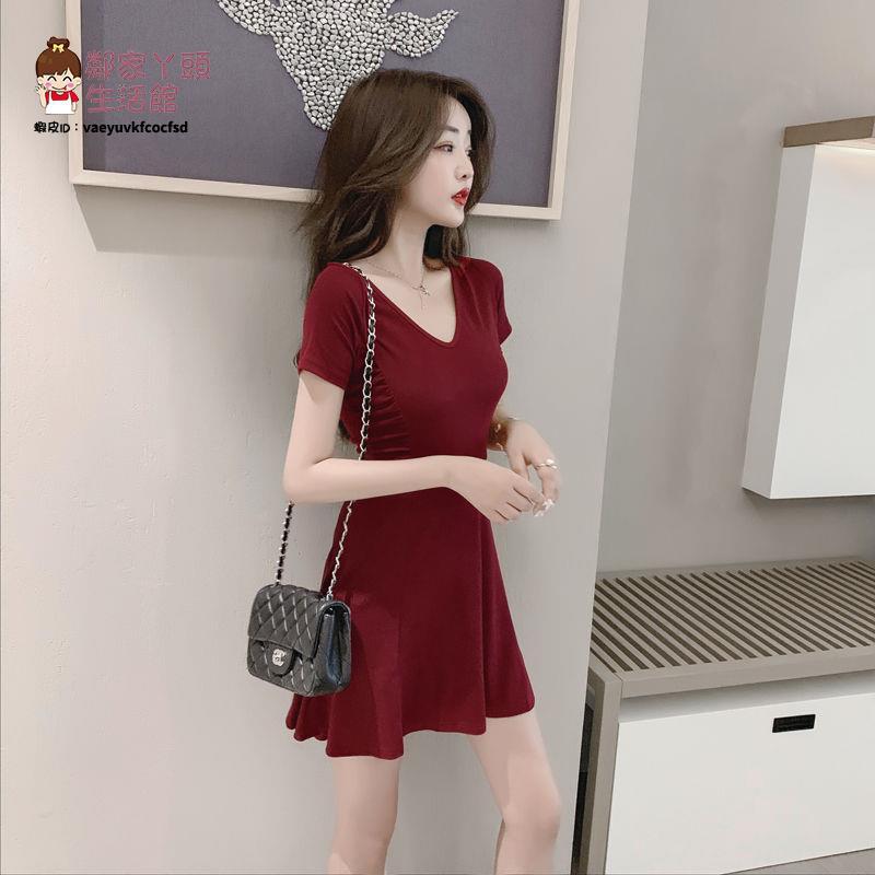2021短袖裙子女夏新款修身a字氣質小香風V領性感連衣裙收腰顯瘦潮【2021新款洋裝】