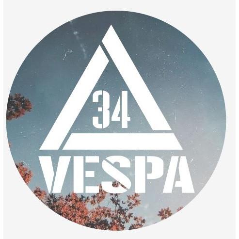 【34號倉庫】Vespa叁拾肆號倉庫限定防水貼紙 偉士牌 復古 LX GTS 春天 衝刺 S GTS motor