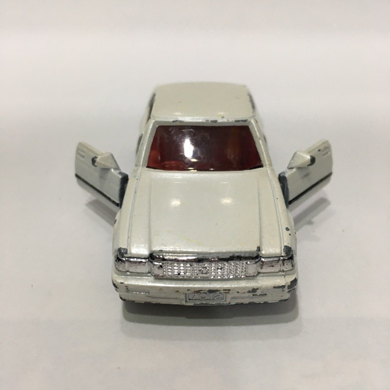 Tomica Toyota crown 戰損 日製