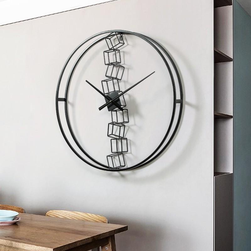 北歐極簡掛鐘現代簡約時尚客廳鐘表家用掛表墻上時鐘免打孔石英鐘