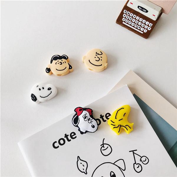 韓國 可愛卡通史努比 查理布朗 露西 貝兒 情侶款 數據線 充電線 USB 保護套 動物造型 繞線器 插口 傳輸線