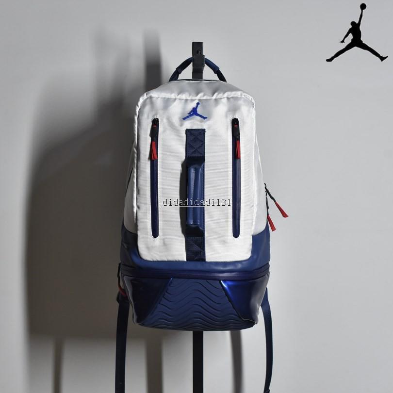 Air Jordan Retro 11 Backpack 喬丹11代白藍復古雙肩包  蝦皮購物 2768b2707b