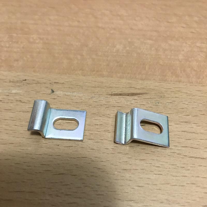 現貨/固定夾 無熔絲開關固定片 電源開關 無熔絲斷路器 BREAKER 掛鉤