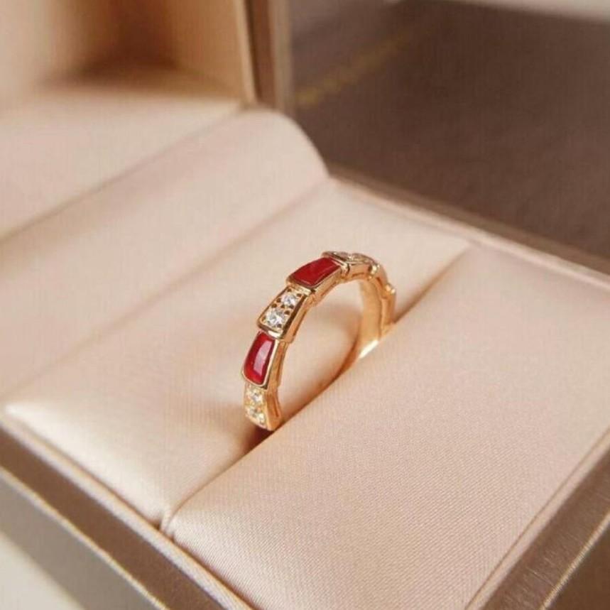 袋鼠妞❤Bvlgari 寶格麗戒指 18K玫瑰金 紅玉髓 鉆石 蛇形戒指 353325