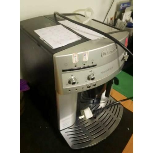 二手 DeLonghi ESAM3200 全自動咖啡機 煒太代理商貨 本公司租賃機退役
