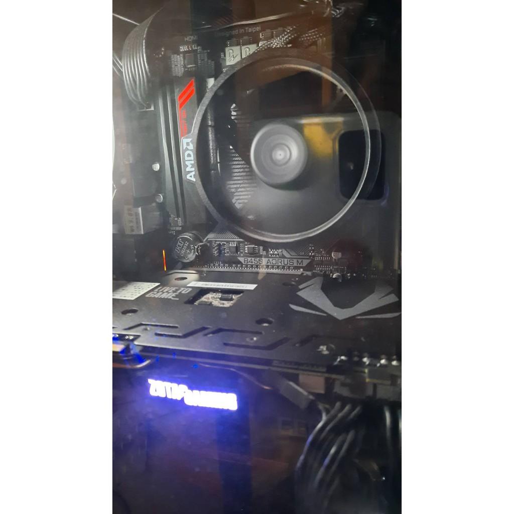 R7-1700X+技嘉 Auros B450M