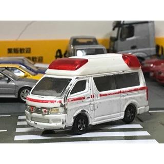 Tomica 79 Toyota himedic 二手 戰損 豐田 hiace 救護車 1/ 64 1:64 Nissan