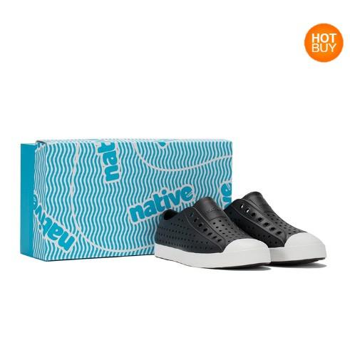 【蝦皮茉兒】宅配免運 🚚 Native Jefferson 男休閒鞋 黑色 / 藍色 洞洞鞋 懶人鞋COSTCO