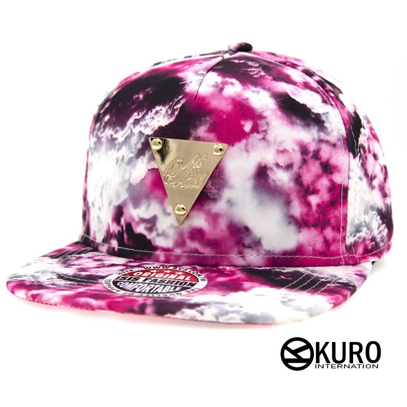 KURO-SHOP潮流新風格-粉紅色系雲彩 金色三角牌 棒球帽 板帽