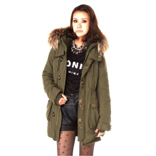 日本帶回正貨SLY 2013入門款n3b連帽大衣長版外套 9成新 原價1萬3對折售 照片些許色差以圖ㄧ為準 新北市