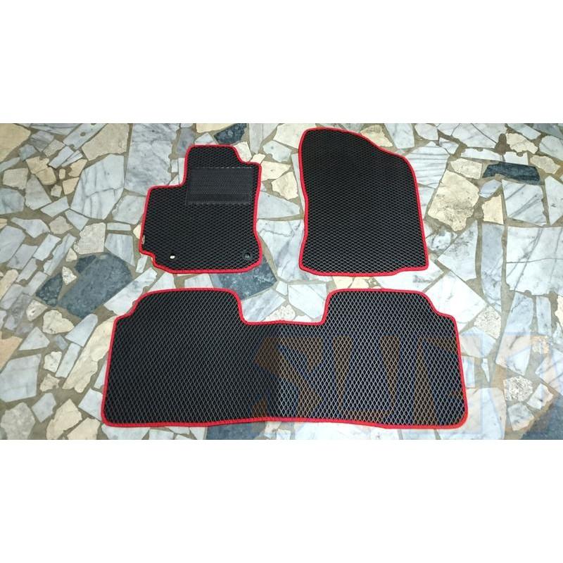 SUGO汽車精品 豐田COROLLA ALTIS 11/11.5代 專用蜂巢式腳踏墊