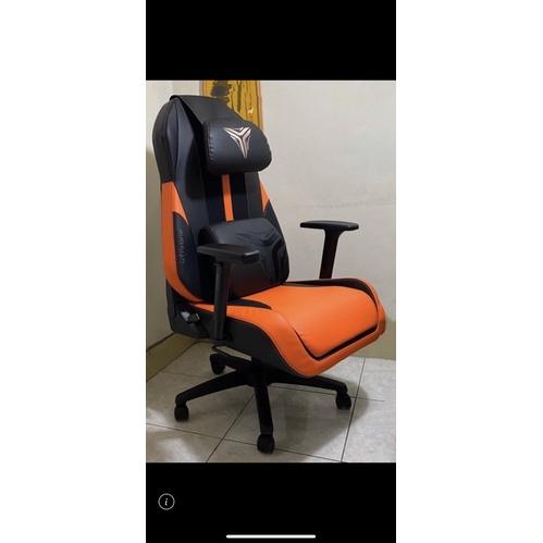 全新 免運 保固一年 OSIM 電競按摩椅 按摩椅