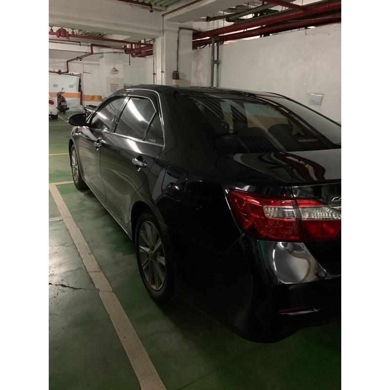 一手汽車想要換車所以製售Toyota Camry 2.5油電車去年九月份大電池已換新全車新車到Toyota公司保養今