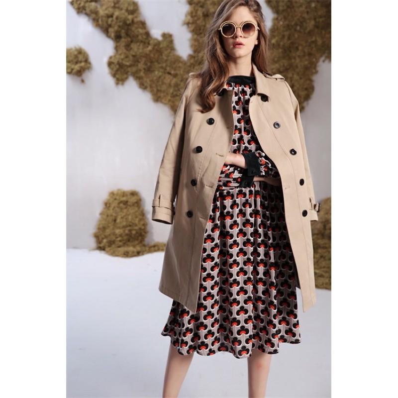 全新專櫃品牌✨SEEVIA 英倫風格紋長版風衣外套