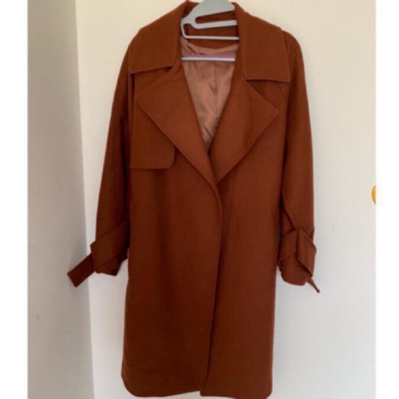 正韓 大衣 毛呢大衣原價$4300 修飾 顯瘦 附綁帶 腰綁帶