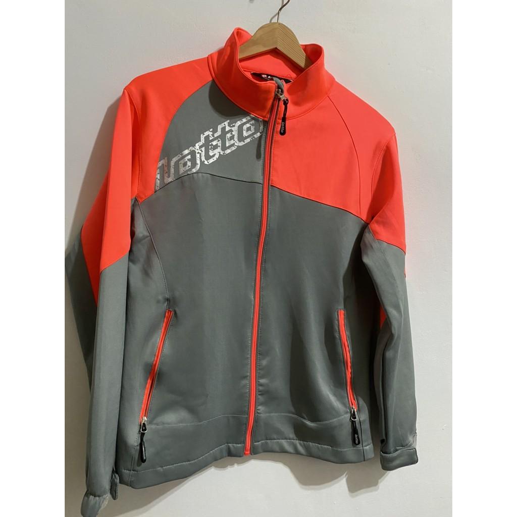 極新品 Lotto立領運動外套,S號二手女運動外套,拉鍊休閒外套,灰色慢跑基本款外套 東區面交 夾克古著FJ