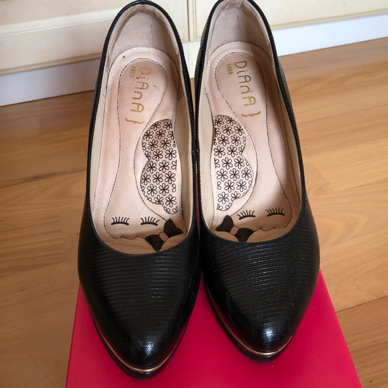 Diana黑色羊皮包鞋高跟鞋