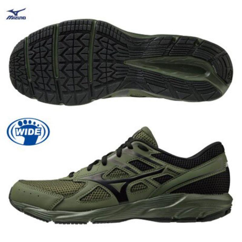 2021年美津濃新款,寬楦軍綠色運動鞋K1GA210086