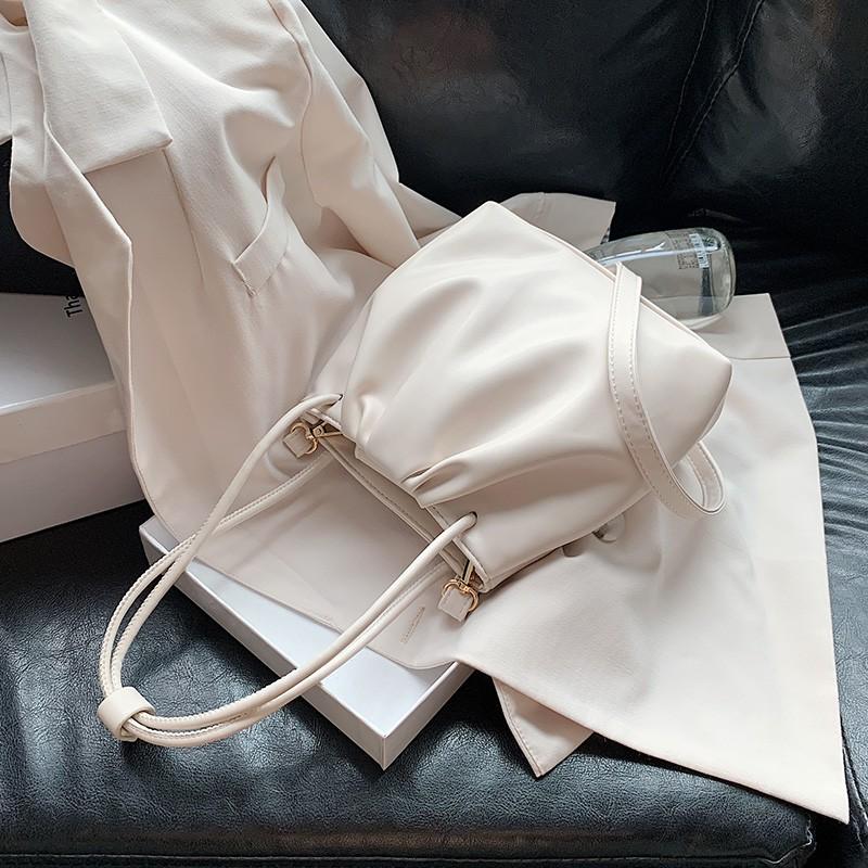 【現貨】夏季包包女包2020新款潮小清新韓版斜挎包時尚百搭ins單肩水桶包