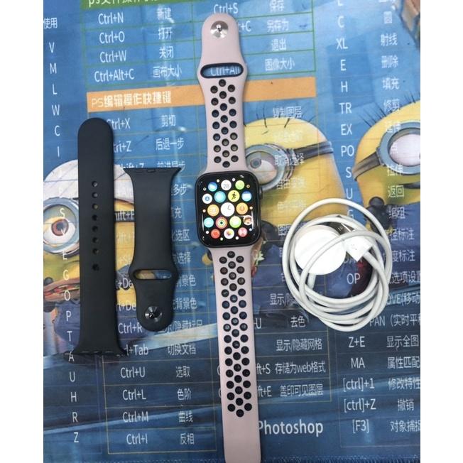Apple Watch S4 44mm gps版二手9成新 無傷