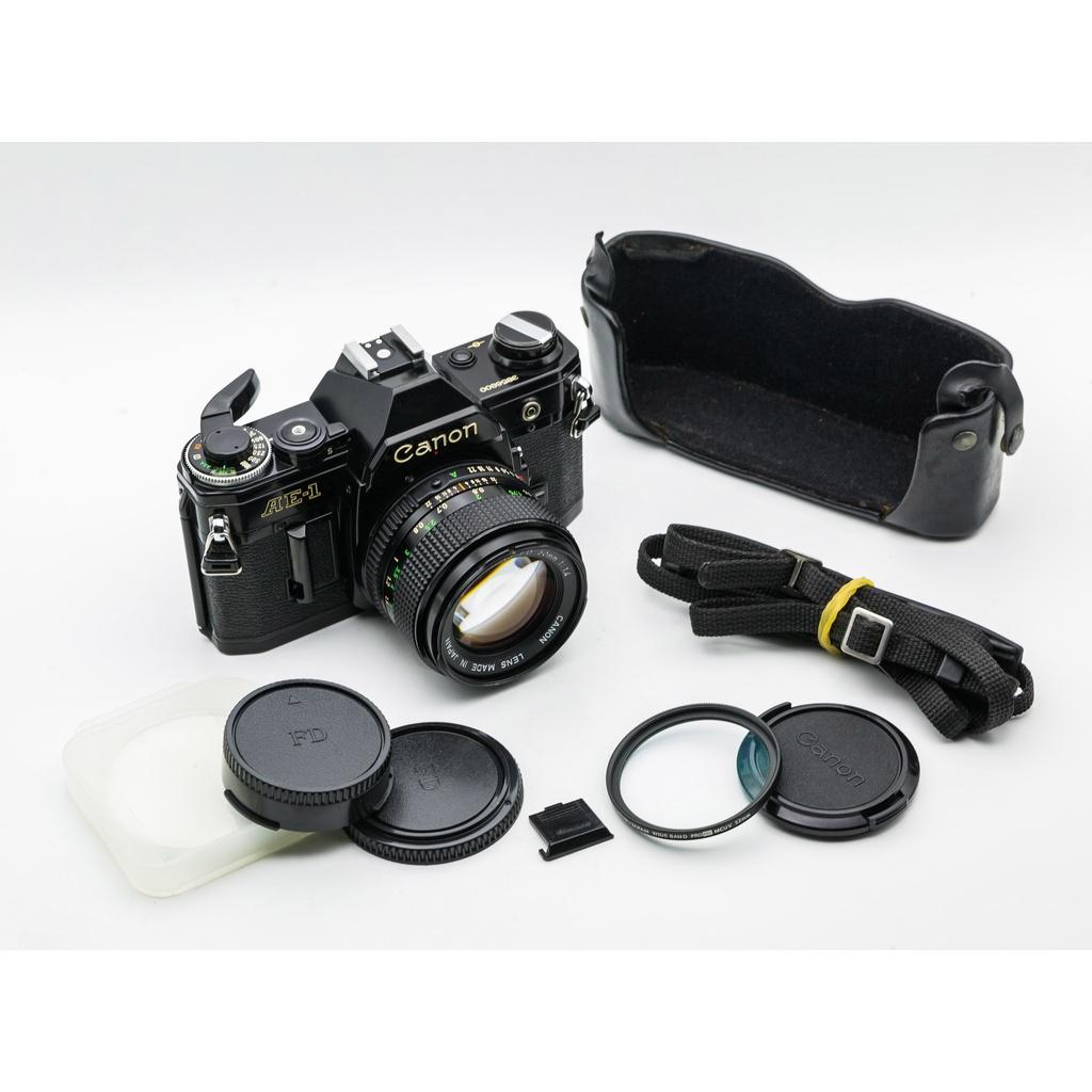 二手新中古:經典黑色CANON AE-1+NFD 50mm F1.4 大光圈 輕巧文青相機135底片機88成新
