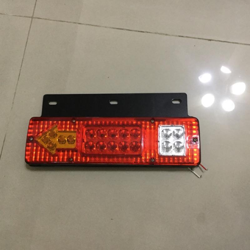 LED後燈組尾燈-含方向燈-煞車燈-倒車燈-12V- 堅達- 貨車3.5噸現貨供應-電動車-堆高機48V箭頭尾燈