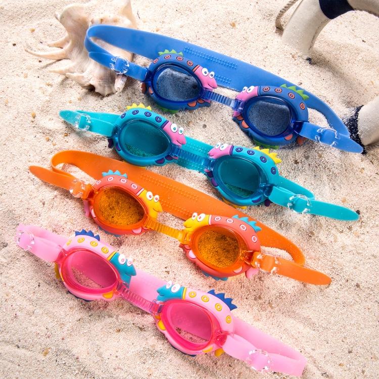 「熱銷新品」現貨出口出口歐洲兒童游泳眼鏡男童防水防霧卡通造型蛙鏡女童可調節附耳塞