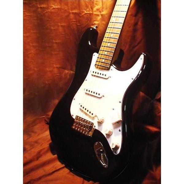 日本YAMAHA中古鋼琴批發倉庫 美國名牌 PV最新型 電吉他 C2 SC-2 市價26000 網拍超低只要6900元