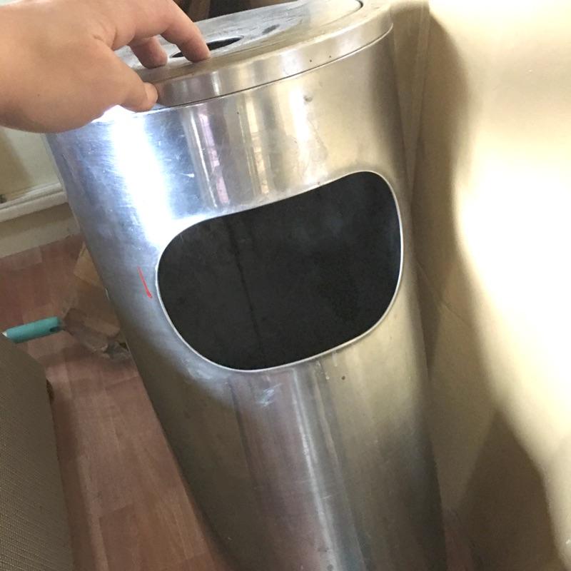 二手不鏽鋼煙灰缸垃圾桶 狀況極佳!