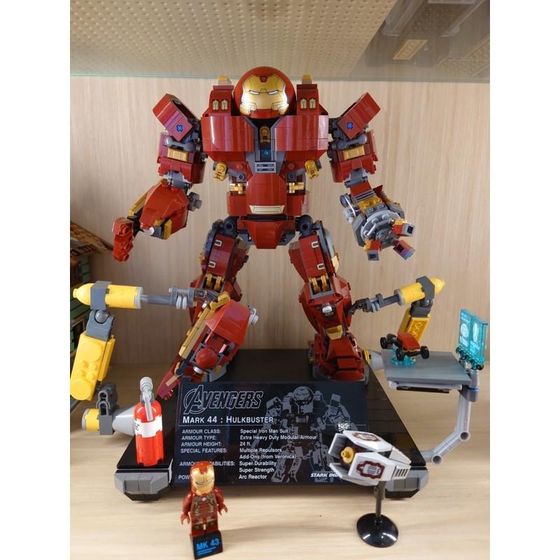 絕版品LEGO 樂高76105 The Hulkbuster : Ultron Edition