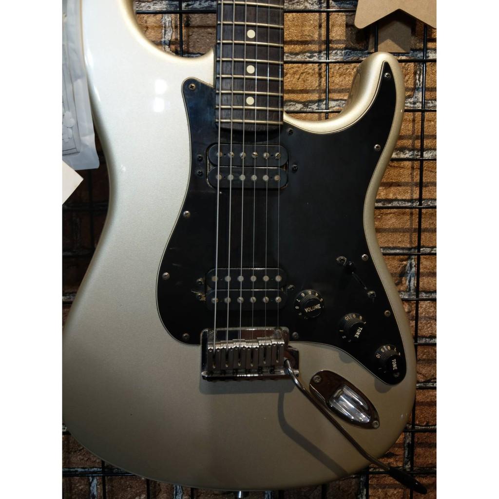 【鳳山名人樂器】二手美品專區 ─ 美廠 Fender