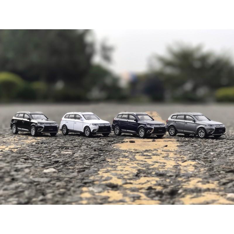 2017年式 三菱 Outlander Mitsubishi 鋅合金模型車 1:43 原廠模型車
