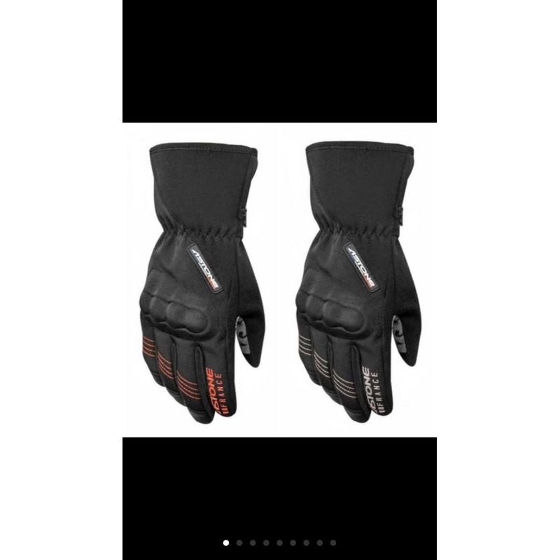 ASTONE /GA50冬季防水手套。有觸碰功能