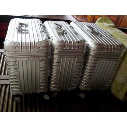 臺灣現貨 RIMOWA日默瓦 PILOT ALUMINIUM 鋁鎂合金四輪商務箱 機長箱 商務箱 攝影箱 彩妝箱 中型
