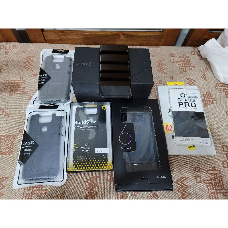 華碩 ASUS Zenfone6  12G/512G 30週年紀念版