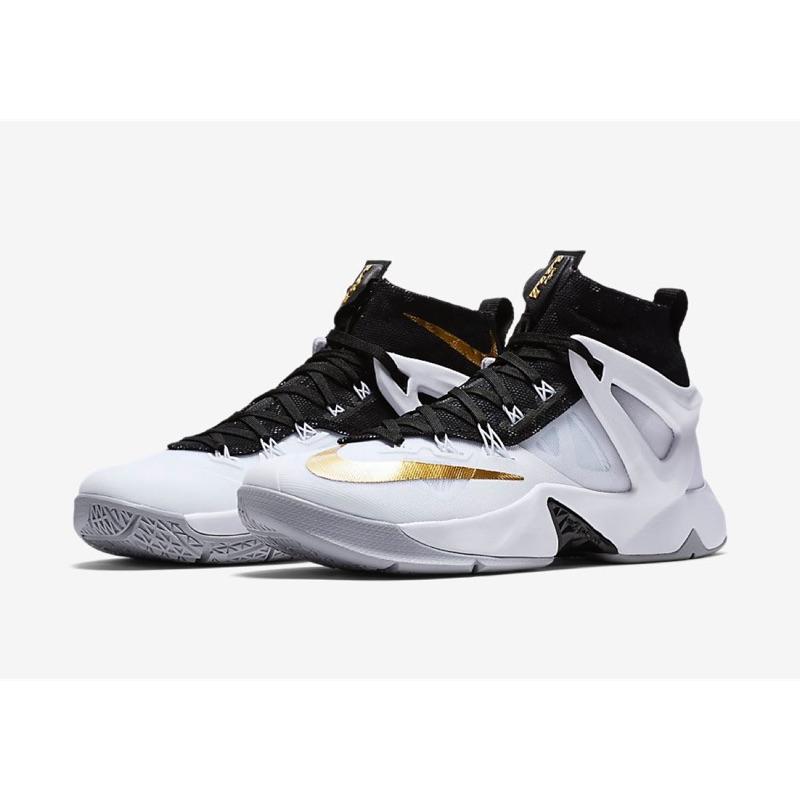 506d4f7d1d8a Nike Lebron ambassador LBJ 詹姆士8代大使818678-170 籃球鞋